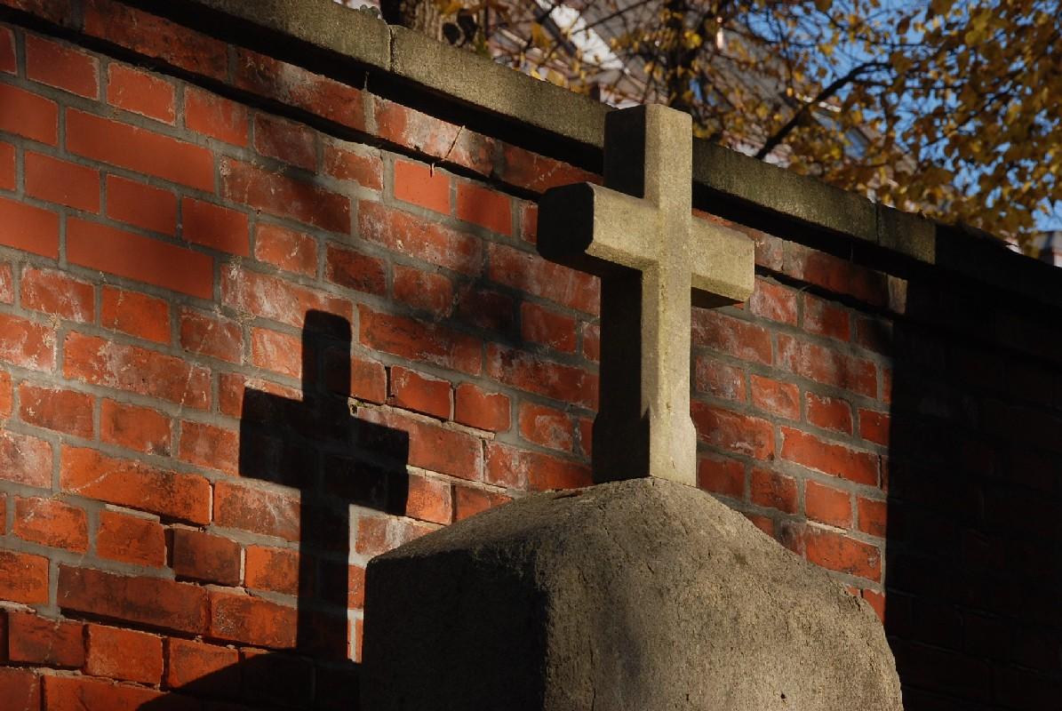Kreuze am Friedhof